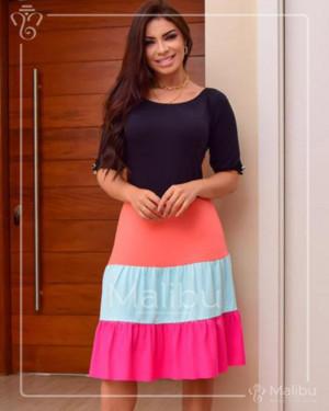 Vestido Colors em Vicolycra Evasê Midi Preto | Moda Evangelica