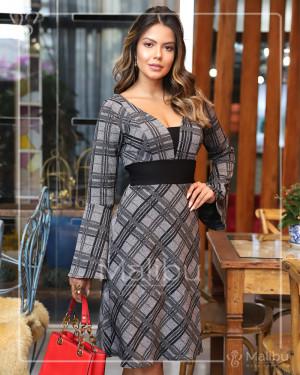 Vestido Evasê Crepe Xadrez Cinza Manga Flare | Moda Evangelica